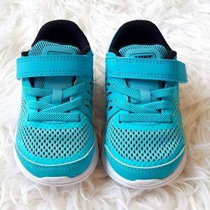 Nike Flex Run Toddler Sneakers NWOT Size 5 Blue